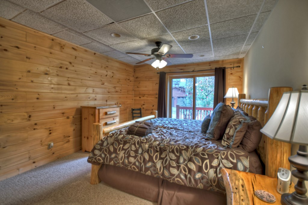 Spacious bedroom with Deck access
