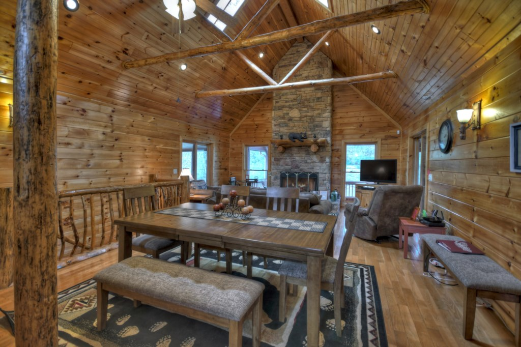 Open plan living make this cabin ideal for large gatherings