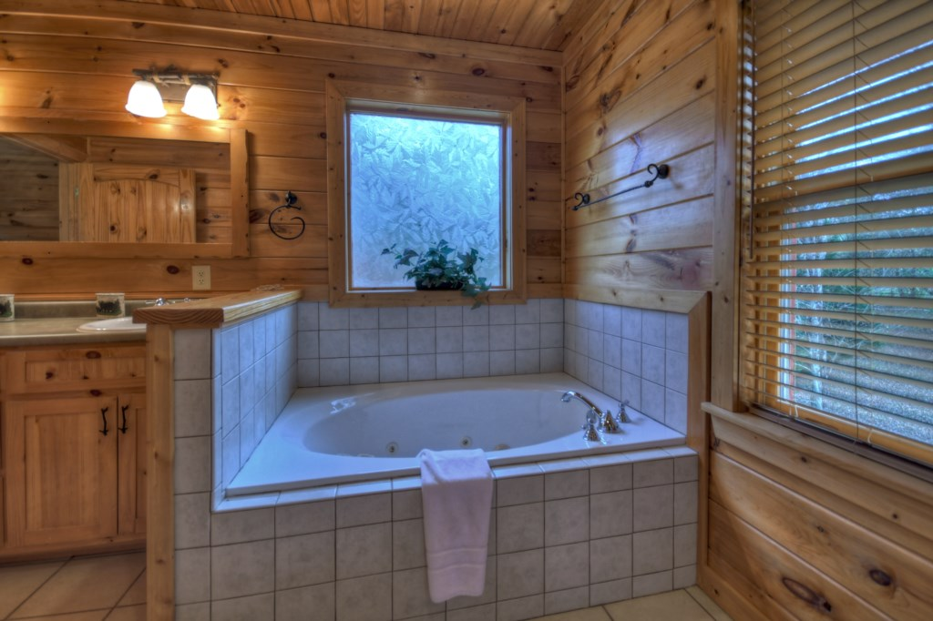 Relax in your soaking Tub after a day of sightseeing and adventures