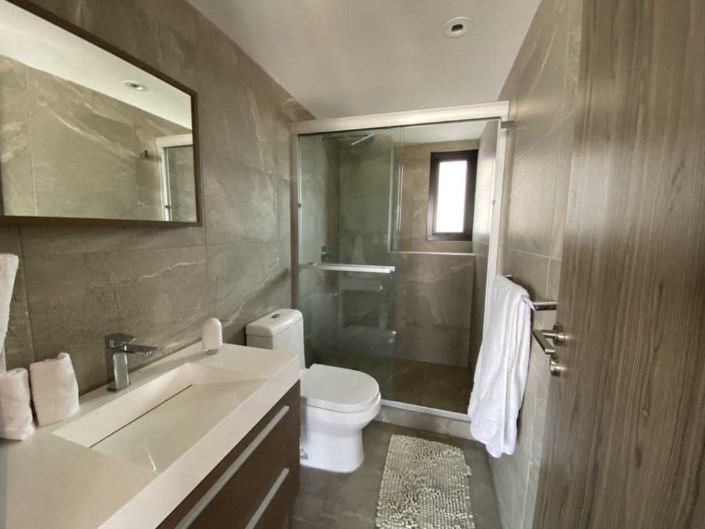 We will provide exclusive bathroom products for you