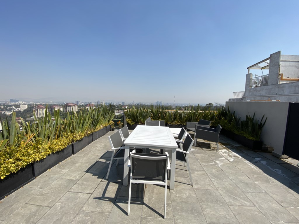 Amazing terrace to enjoy with your friends and family