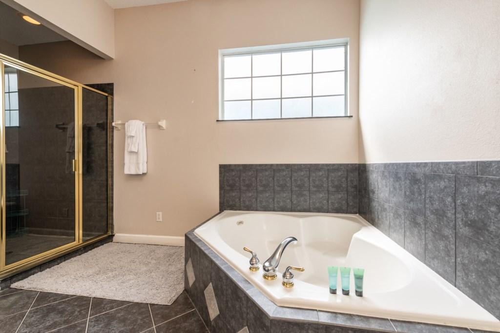 31-Bath 5-2.jpg