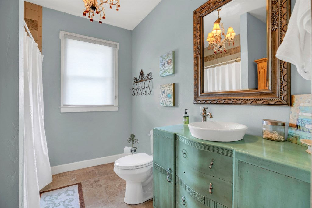 Guest Bathroom 2 Photo 1 of 2