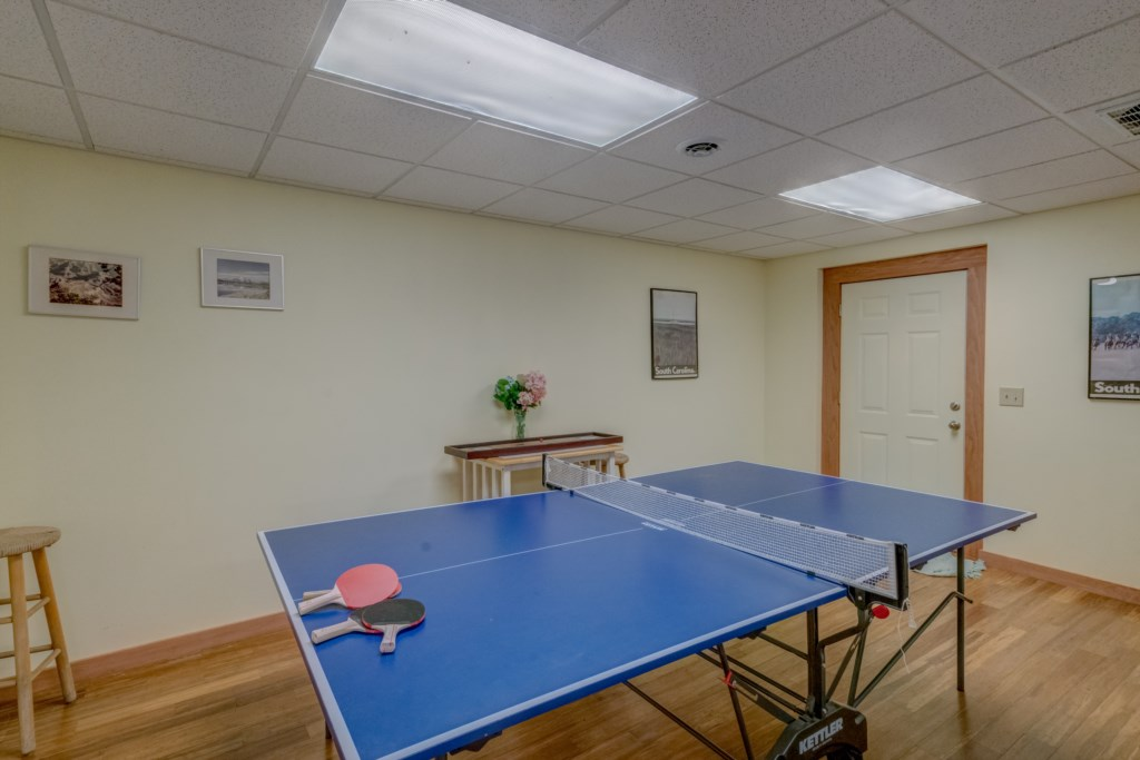 Enjoy Ping Pong donstairs