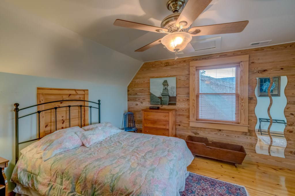 Upstairs bedroom 1 with futon