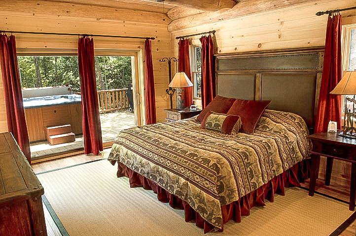 WS6 Main Floor King Bedroom