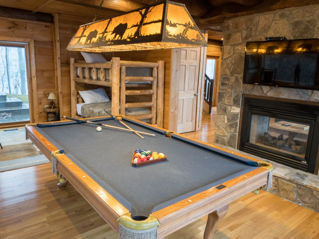 Fontana View 2 Pool table and fireplace
