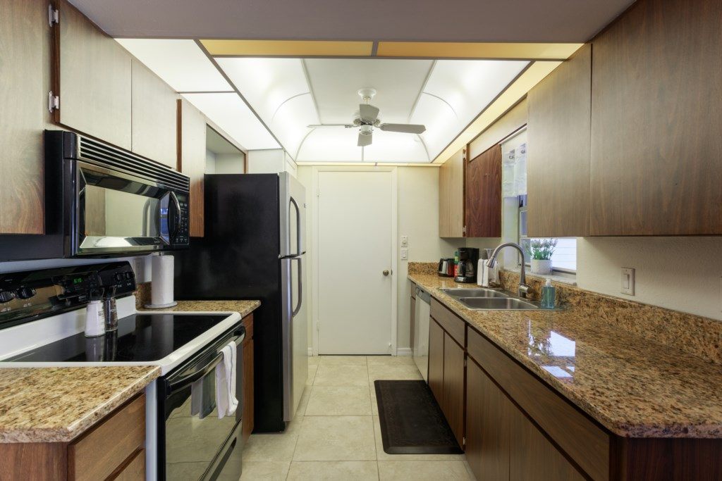Fully equipped kitchen with all your cooking ammenities