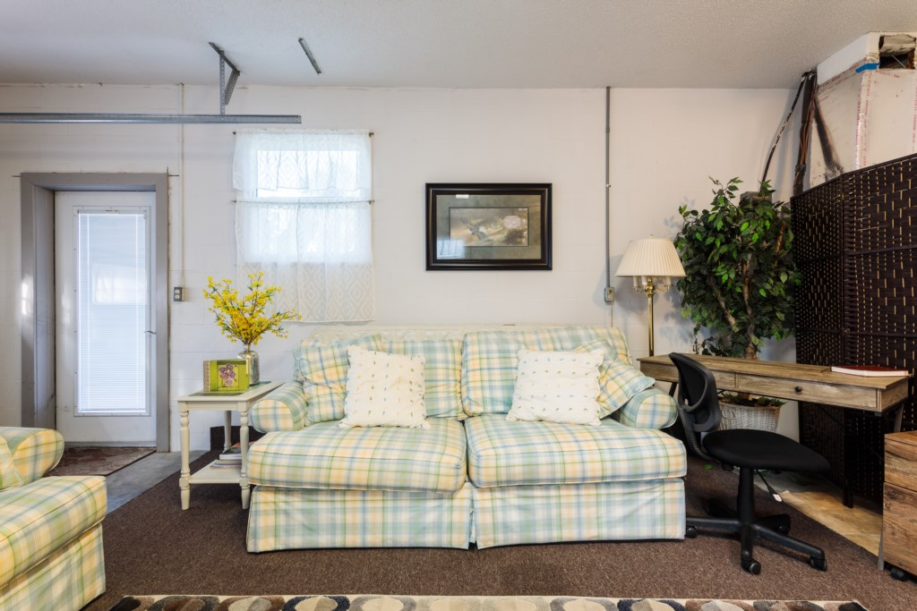 Added Bonus Room - Eat a meal on the dining table or fall asleep on one of the 2 plush couches.