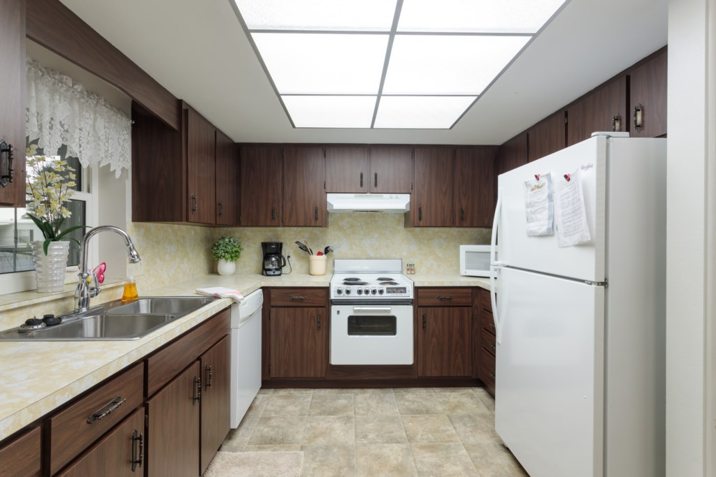 Fully stocked kitchen for all your cooking needs.