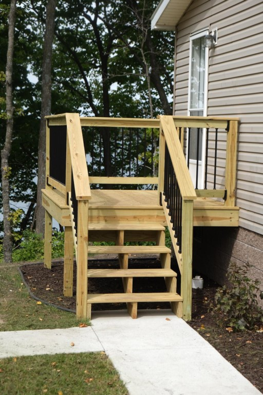 Another newly added side deck.