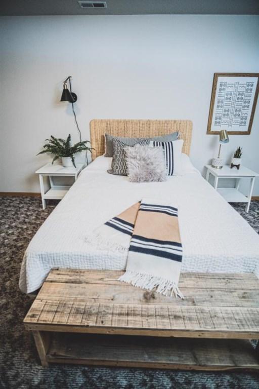 Queen bed in lower level.