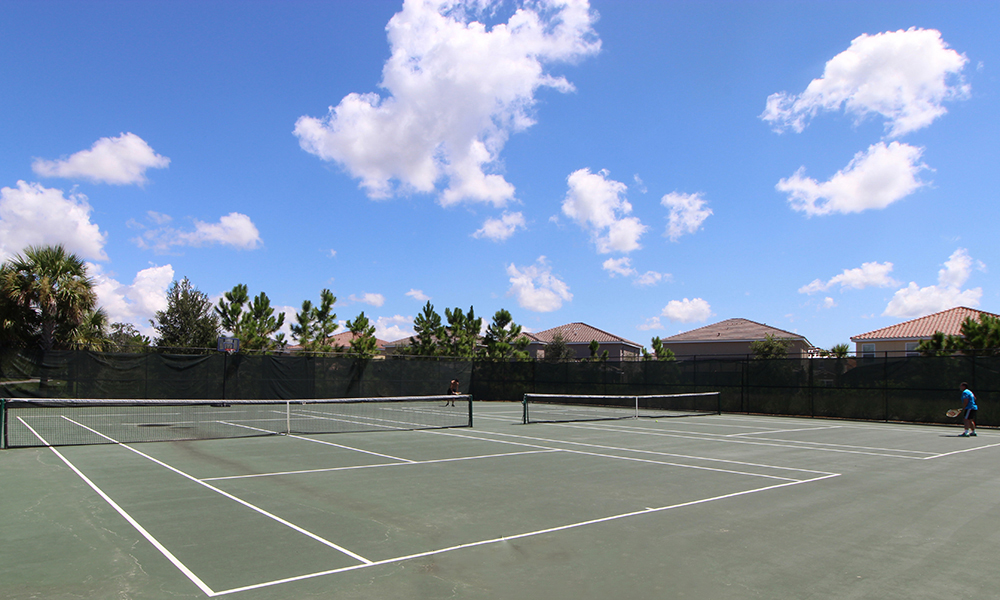 20 Onsite Tennis Courts.JPG