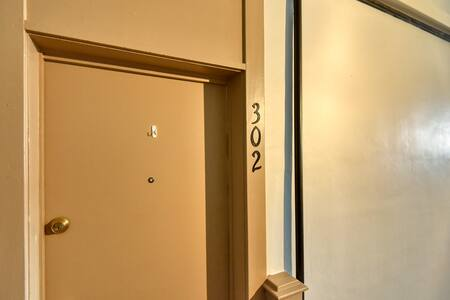 Apartment 302 Ready for your Stay