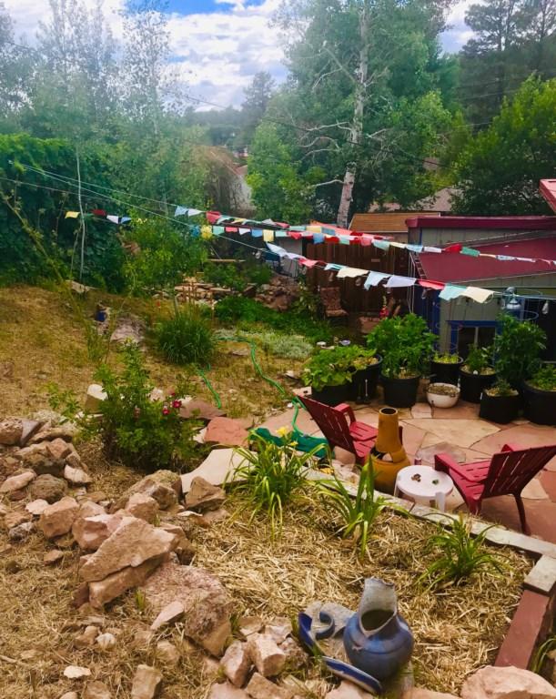 Beautiful and Relaxing Backyard