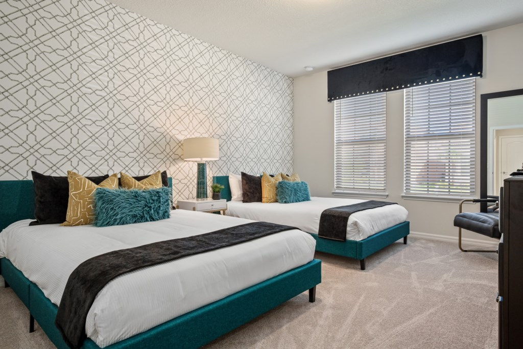 Beautiful two queen beds and flat screen TV