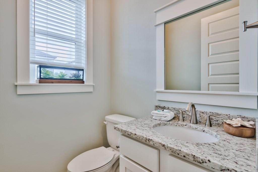 Convienient 2nd Level Kitchen Bathroom