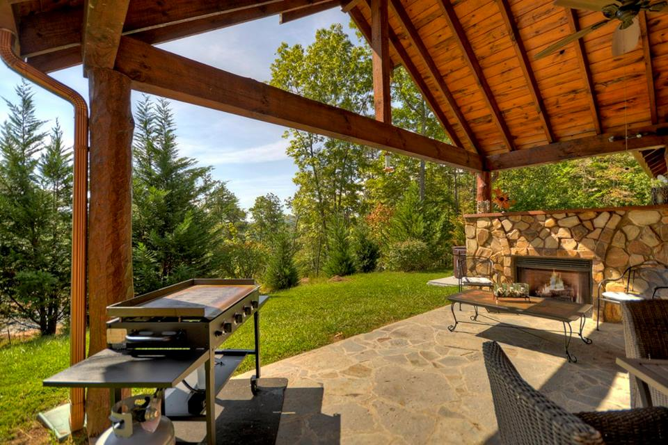 Ideal place to entertain having an outdoor fireplace and BBQ
