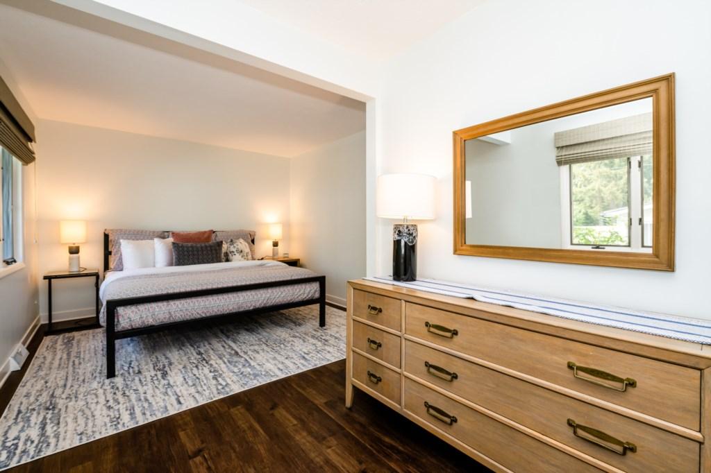 Main Floor Master Bedroom (King)