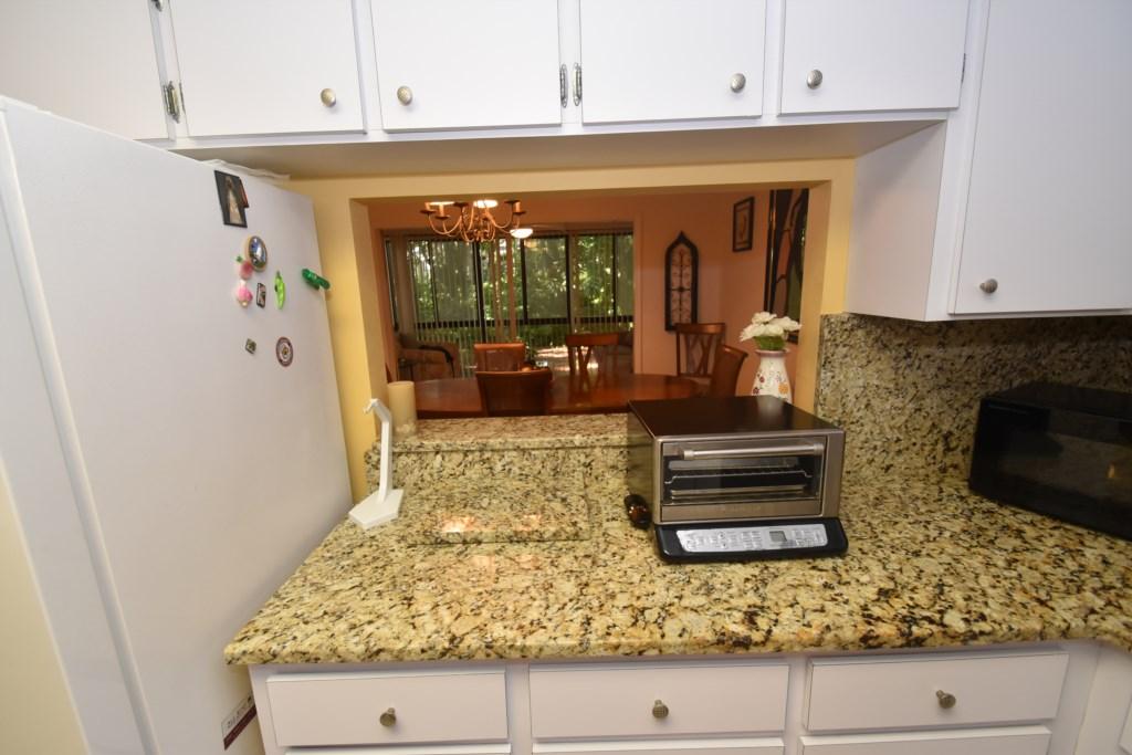 Kitchen-DiningPassthrough