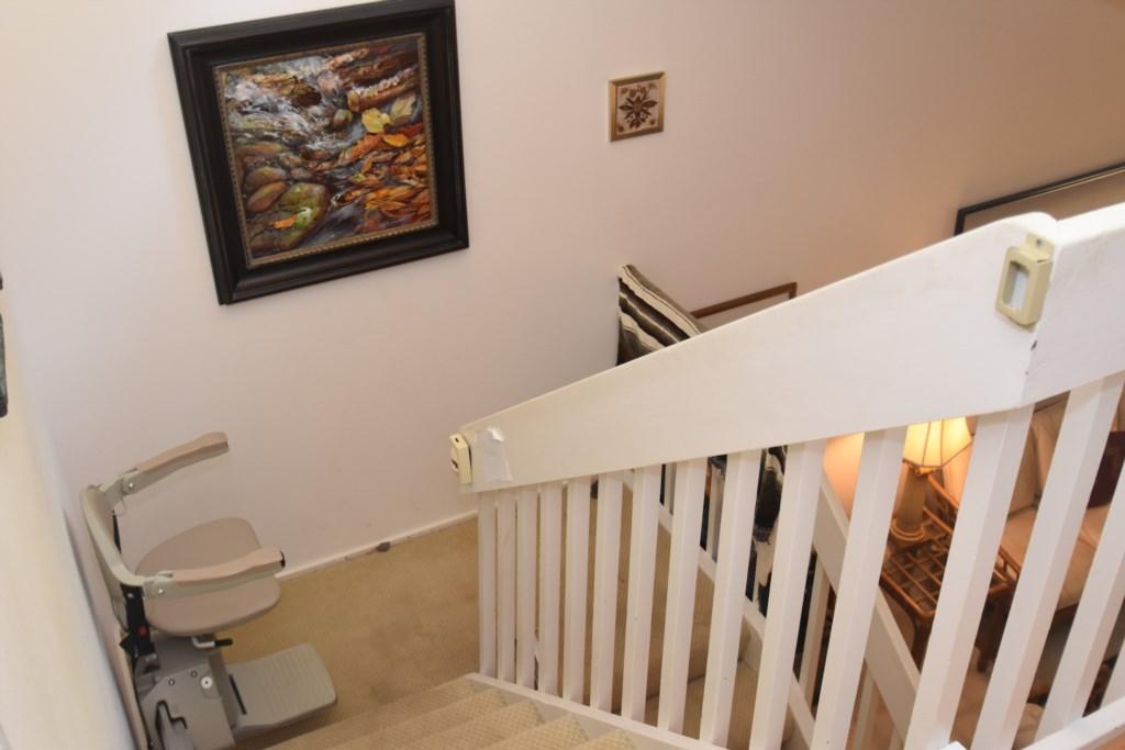 Stairway.Chair.Lift.1.JPG
