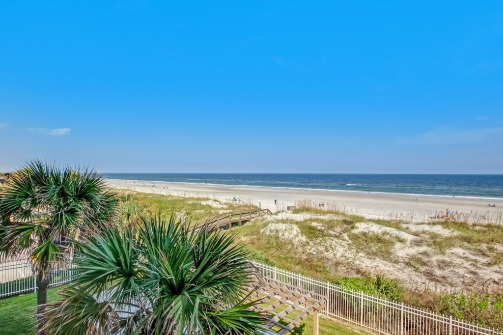 Direct Oceanfront Condo - Steps from the Beach