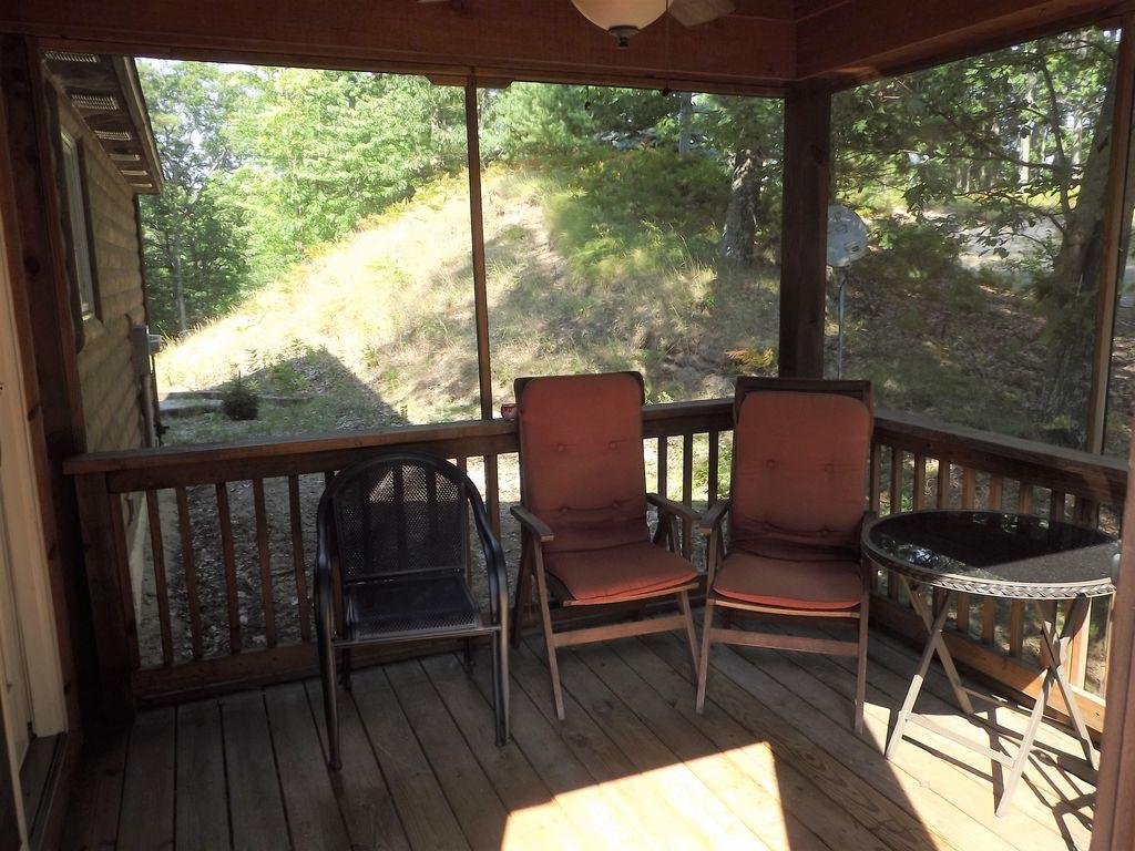 Main floor, deck