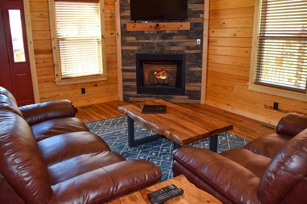 152 living room.jpg