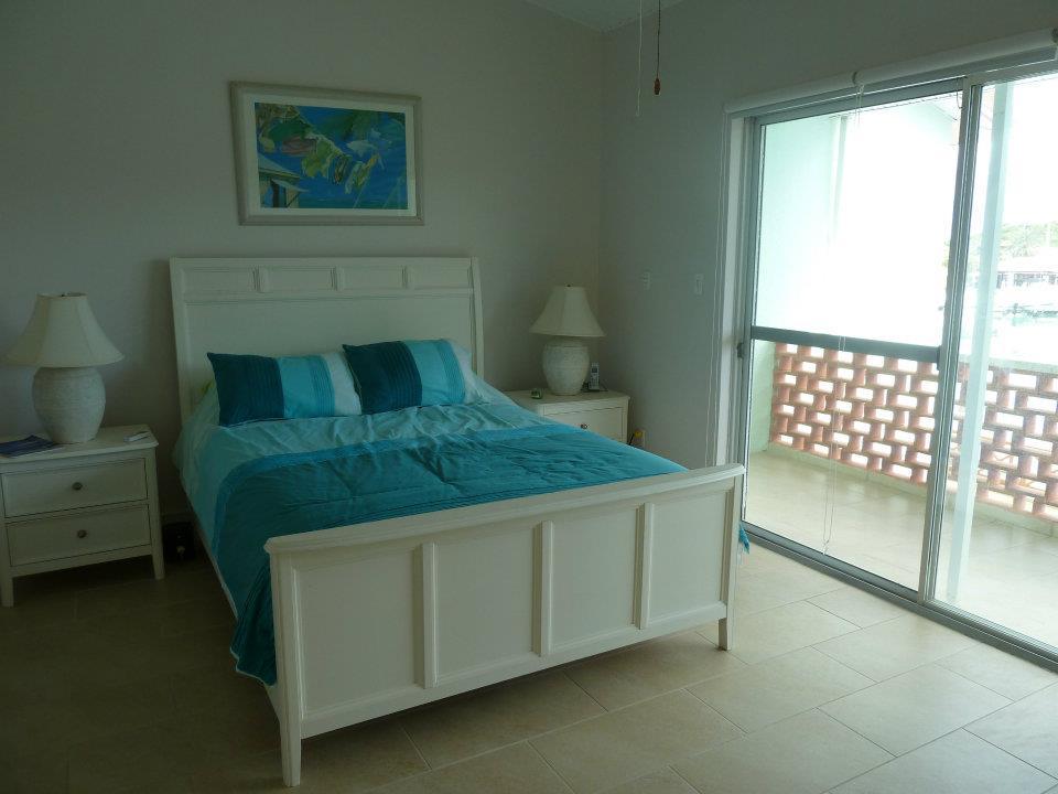 218GMasterbedroom