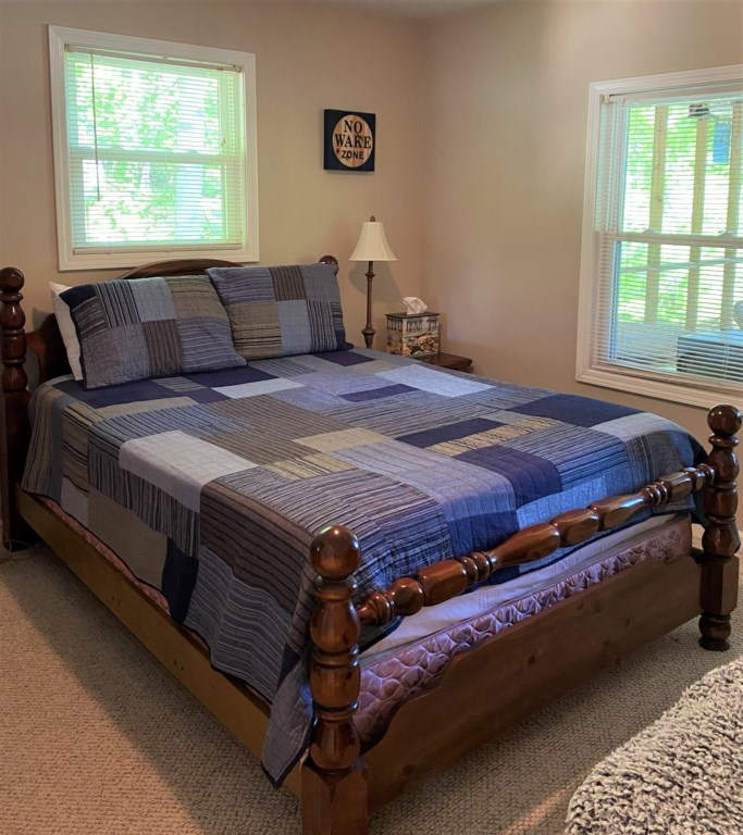 Bedroom 2 (Queen)