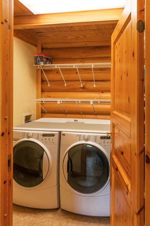 New washer and Dryer-Iron also available