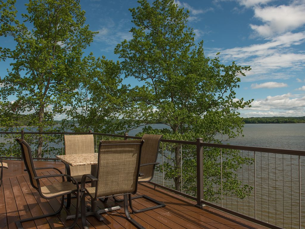 Enjoy meals with the family on your private deck overlooking Douglas Lake.