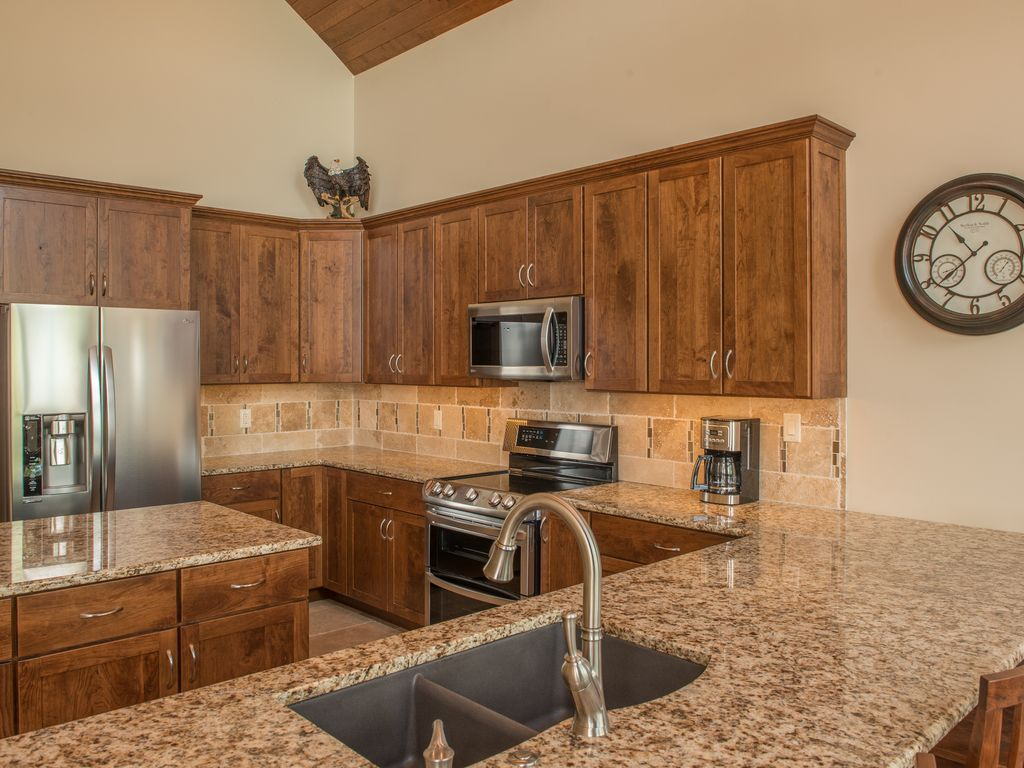 Indulge in your inner chef in your fully equipped gourmet kitchen