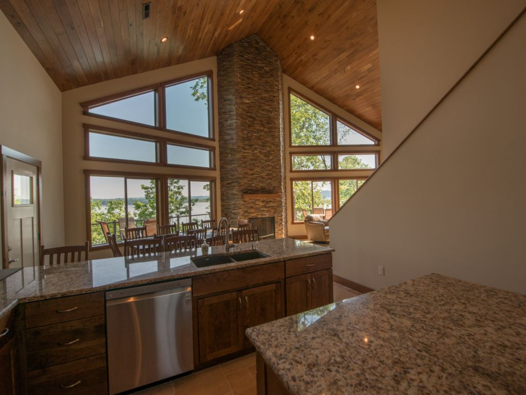 Make your favorite meals with gorgeous views of Douglas Lake