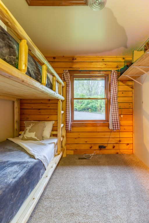A twin size bunkbed for extra guests.