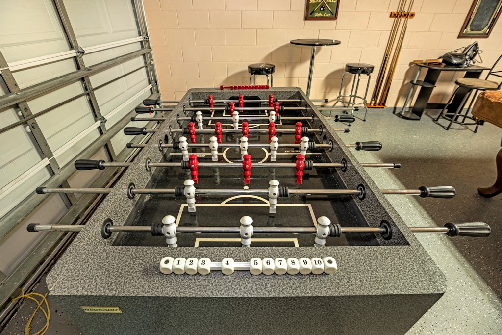 25. Florida vacation home with games room.JPG