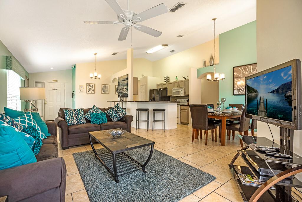 4. Orlando villa with open plan living accommodation.JPG