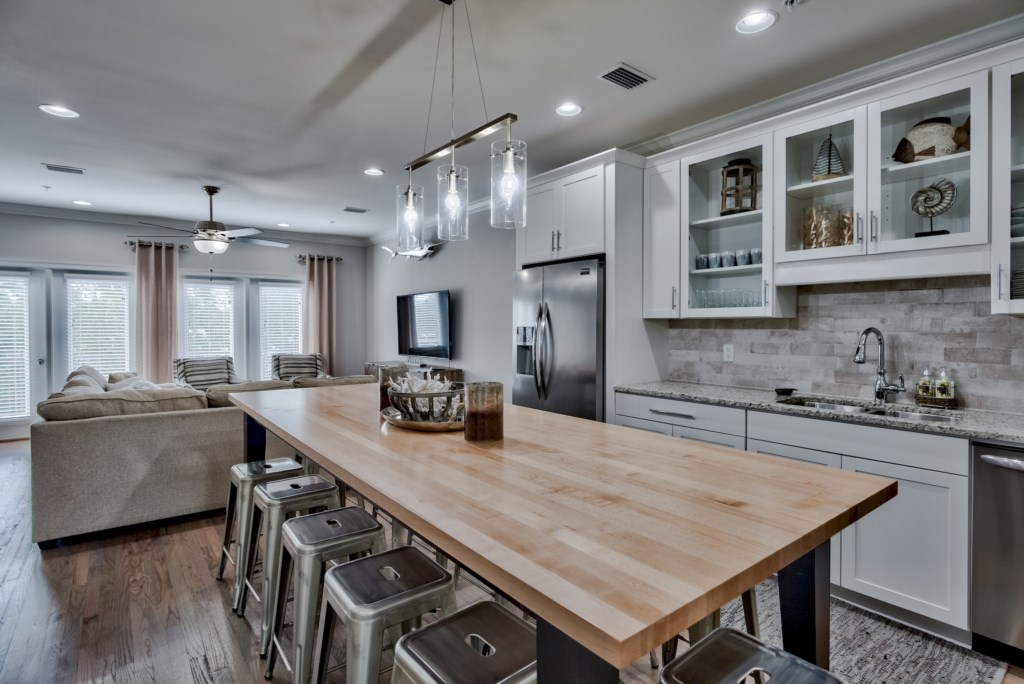 This is a Gourmet kitchen you can entertain having good flow to Dining and Sitting area