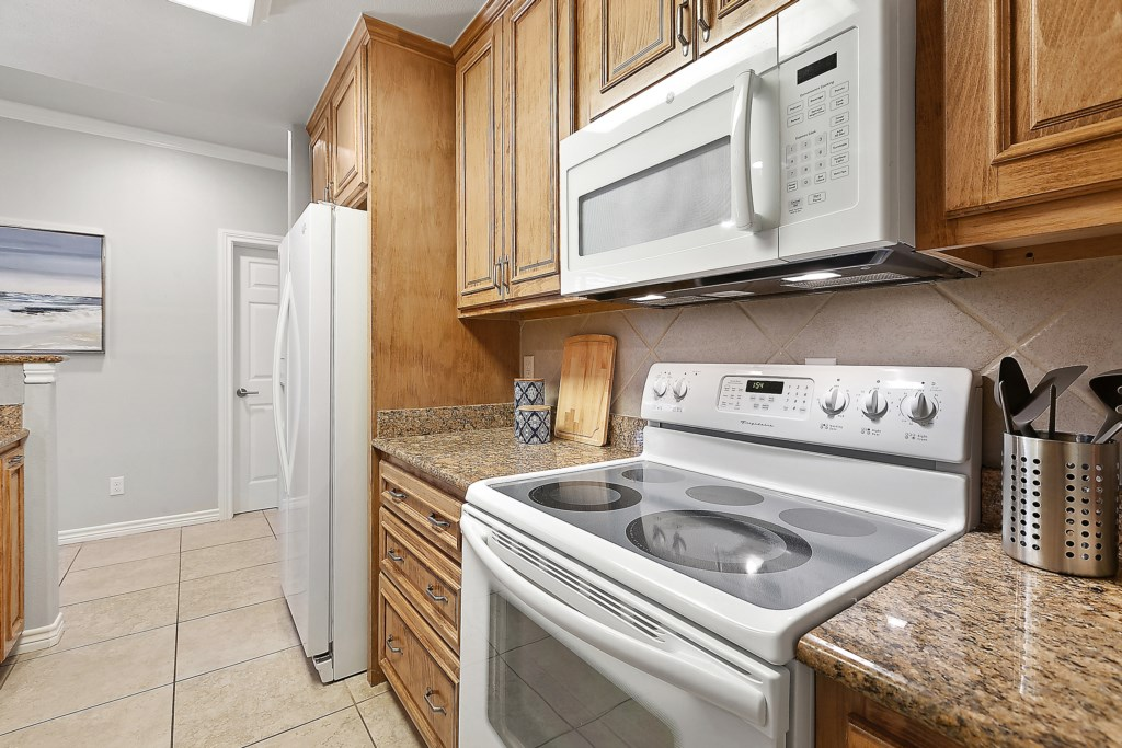 Kitchen Photo 3 of 6