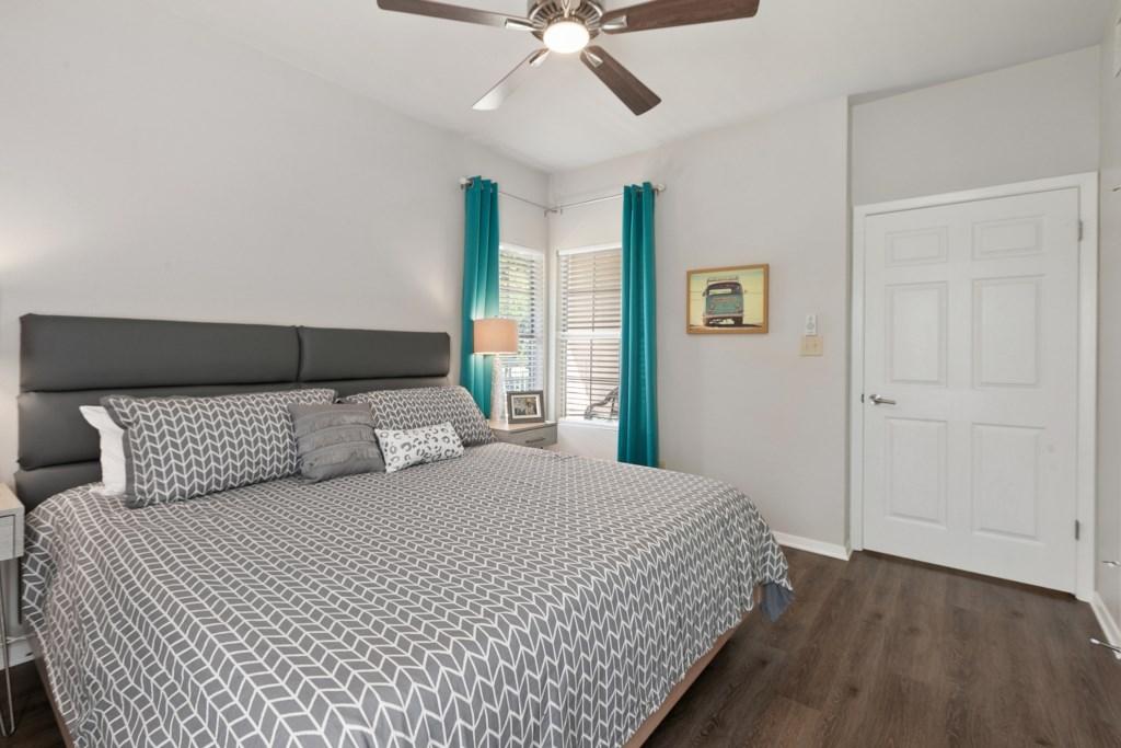 Bedroom Photo 1 of 3