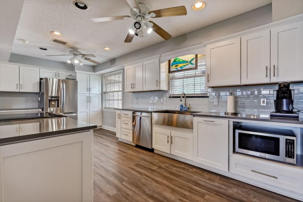 Beautiful Remodeled Kitchen