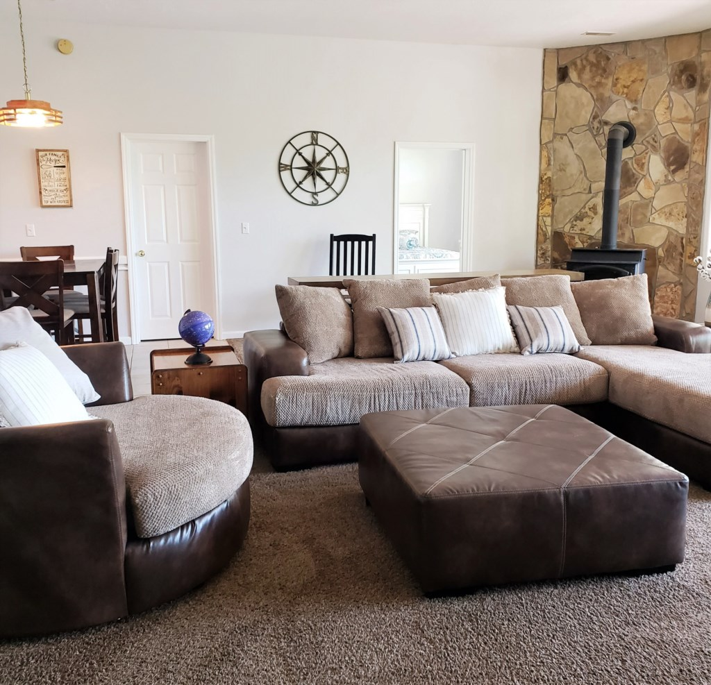 Family Room (Downstairs)