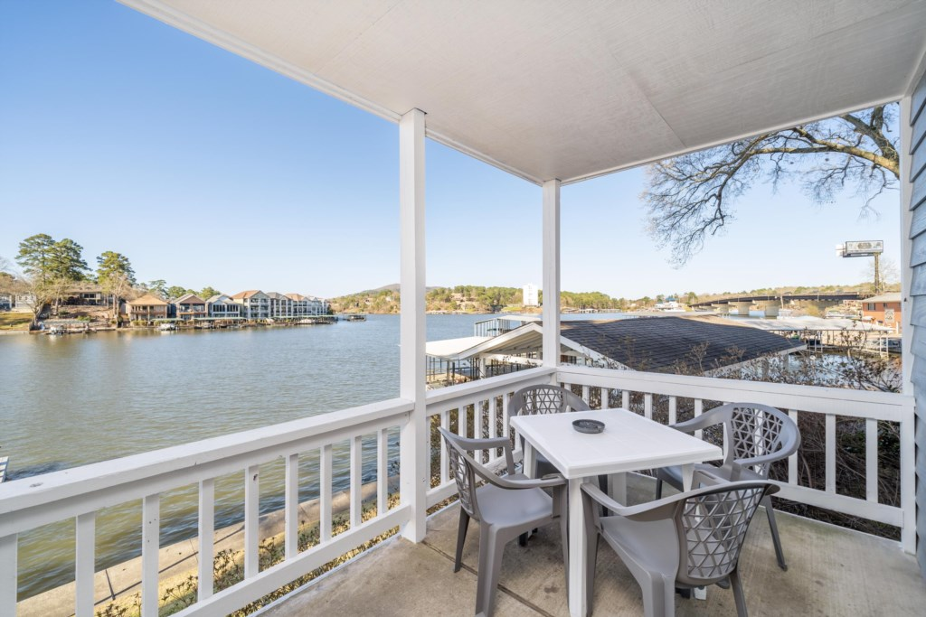 Enjoy the best views of Lake Hamilton from your Private Balcony