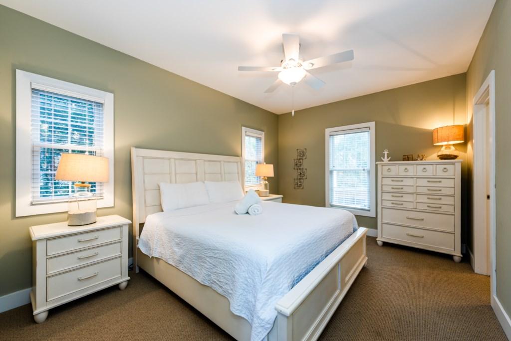 Main Floor Bedroom #1 (King)