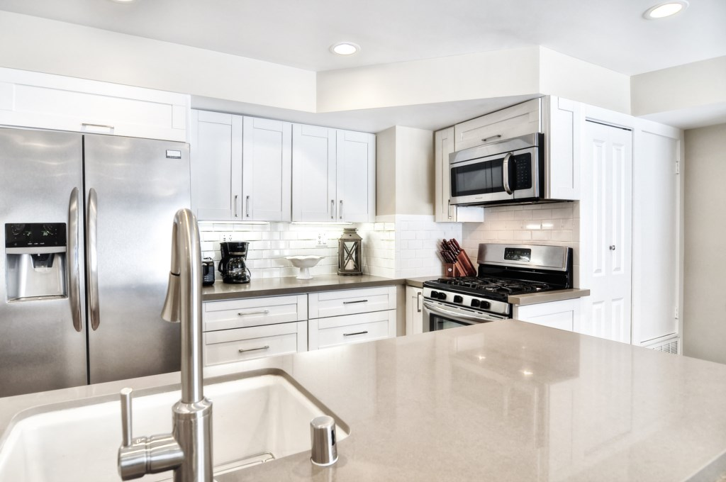 Newport beach vacation rental kitchen countertops