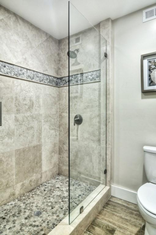 Newport beach vacation rental second bathroom shower