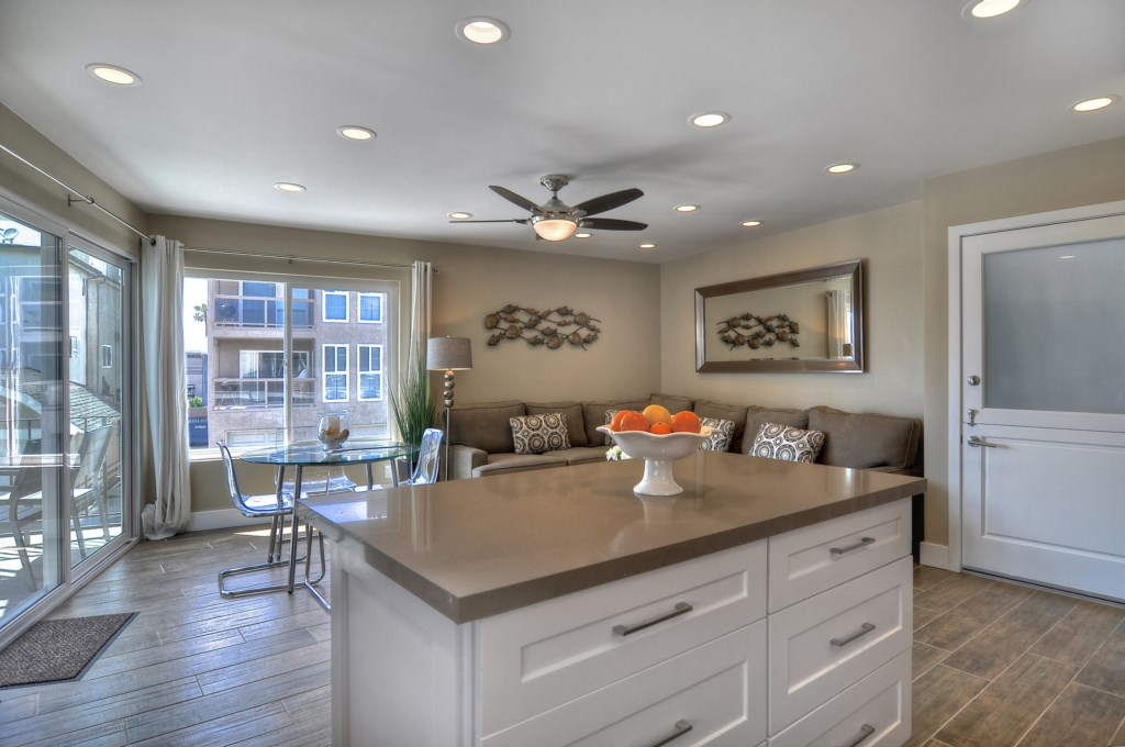 Newport Beach vacation rental kitchen island