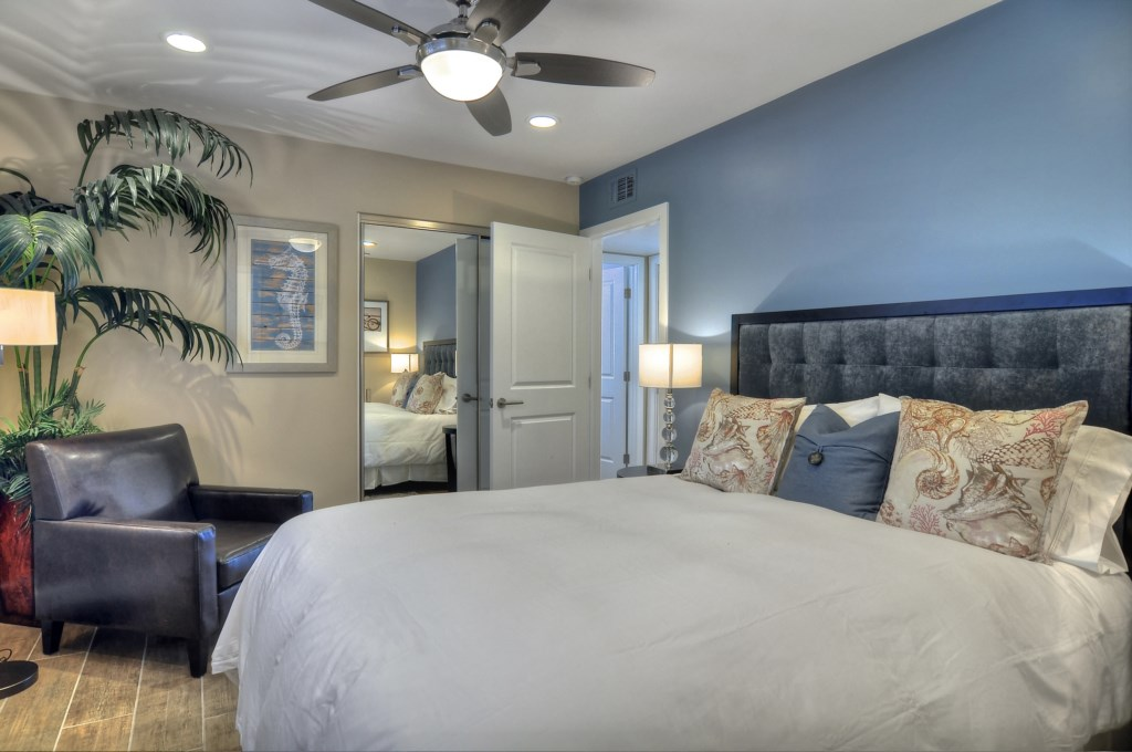 Newport Beach vacation rental master bedroom