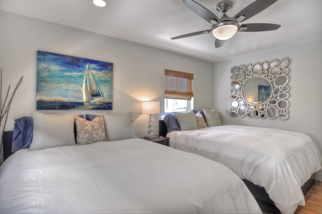 Newport Beach vacation rental second bedroom