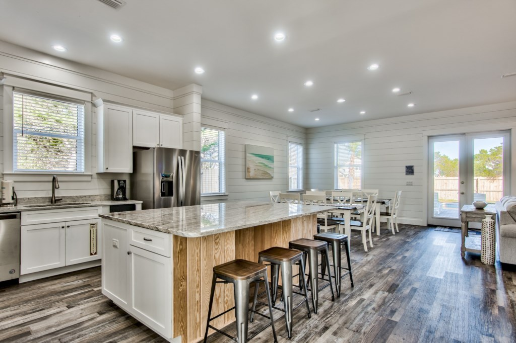 Open Kitchen/Dining area make it ideal for entertaining